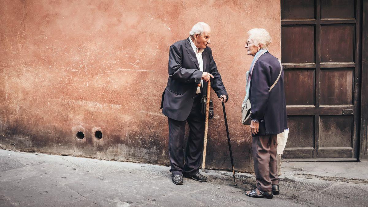 Elderly_Couple_Talking_Medium.jpg