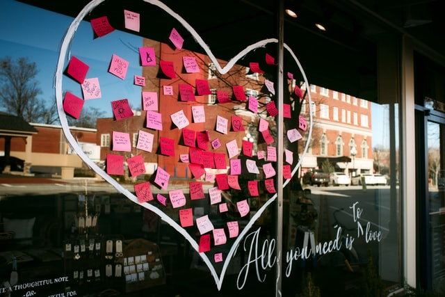 Pink_Notes_Heart.jpg