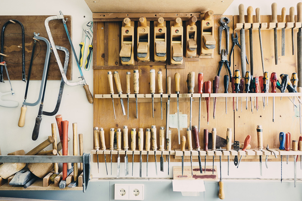 tool-workshop-construction-repair-equipment-industrial-893399-pxhere.com.jpg